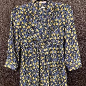 Ali and Kris Blouse Size Small Button Up